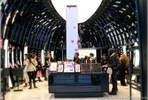 Boutique MAC des Champs-Elysées