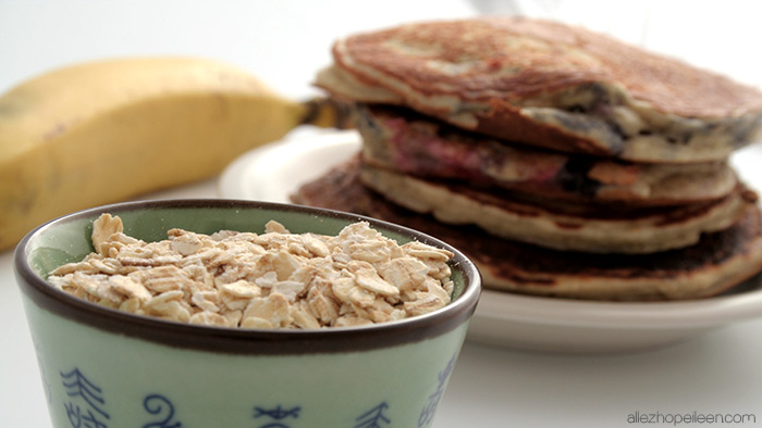recette-pancakes-hyperproteines-fruits-rouges-01