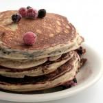 Pancakes hyperprotéinés aux fruits rouges